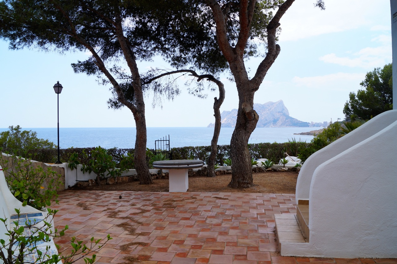 LOCATION, LOCATION, LOCATION!! FIRST LINE TOP FLOOR APARTMENT WITH BREATHTAKING UNITERRUPTED SEA V,Spain