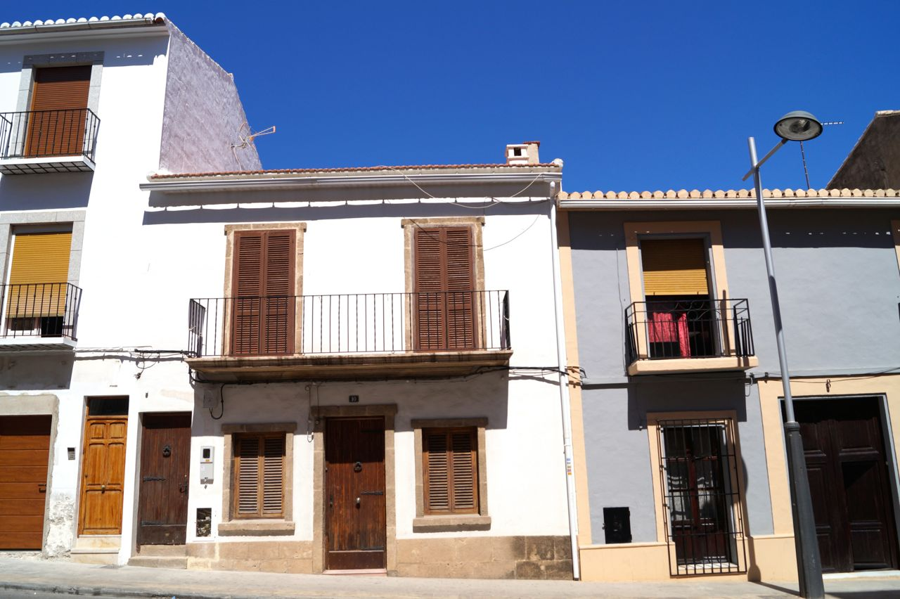 A GREAT INVESTMENT!! Townhouse divided into two separate apartments in Javea, old town to renovate,Spain