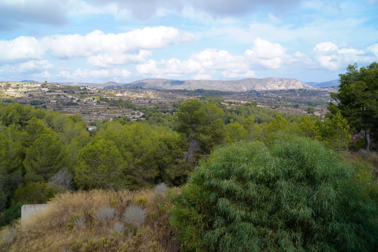 North-West facing Building Plot with views over the Valley and Teulada located in a Cul de Sac in ,Spain