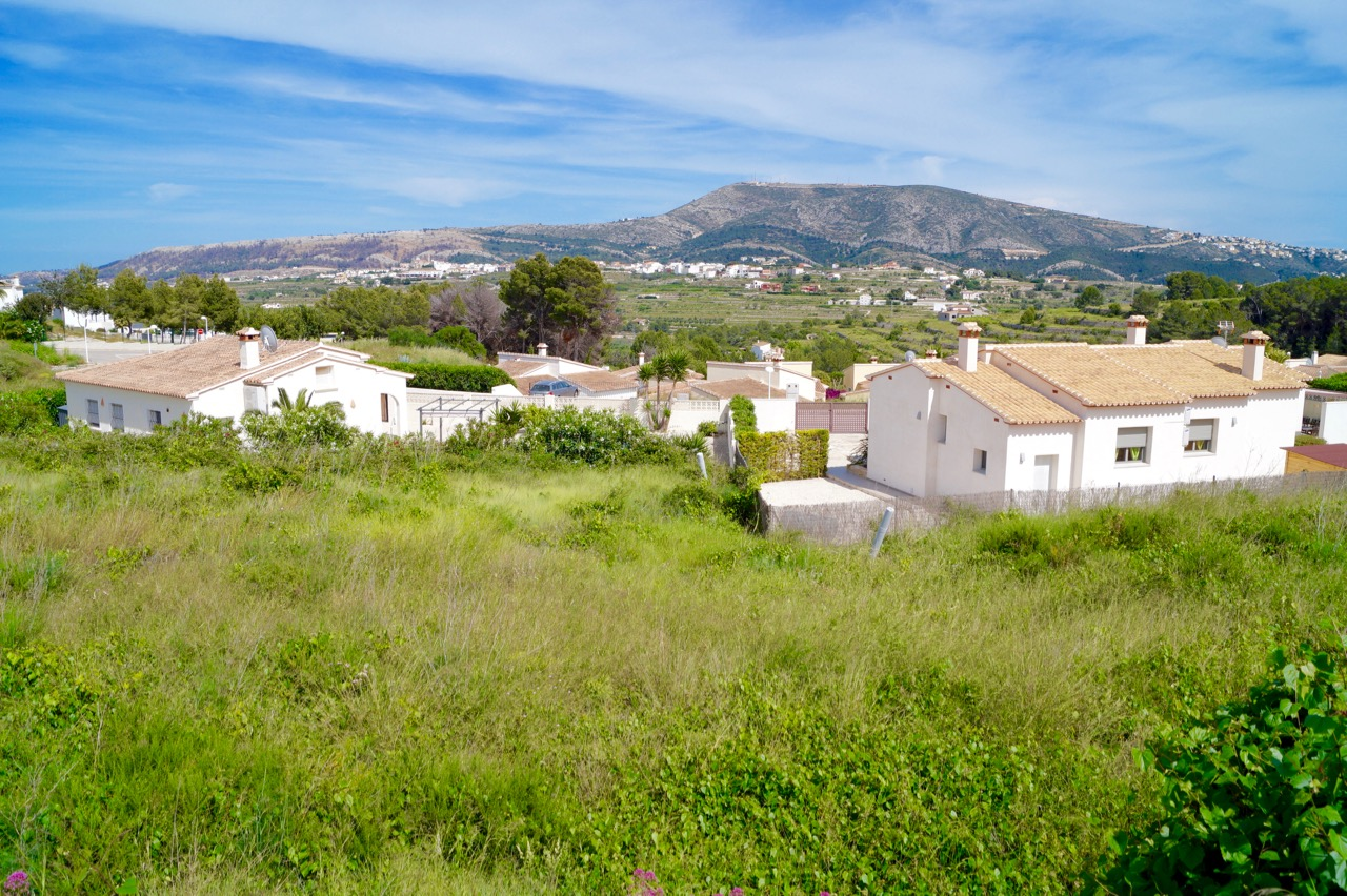 Two building plots available for sale in the Urb. Los Molinos at 98,000 euros each. Plot 38 – 794m,Spain