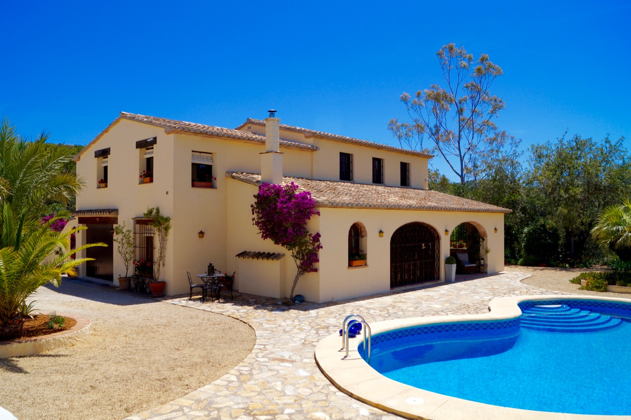 This lovely four bedroom 200 year old finca has been tastefully reformed whilst retaining many ori, Spain