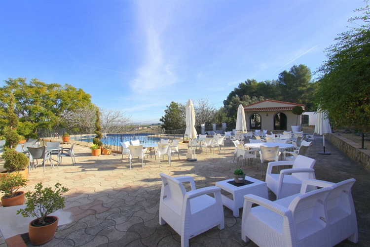 Commercial Premises For Sale in Benidoleig, Alicante (Costa Blanca)