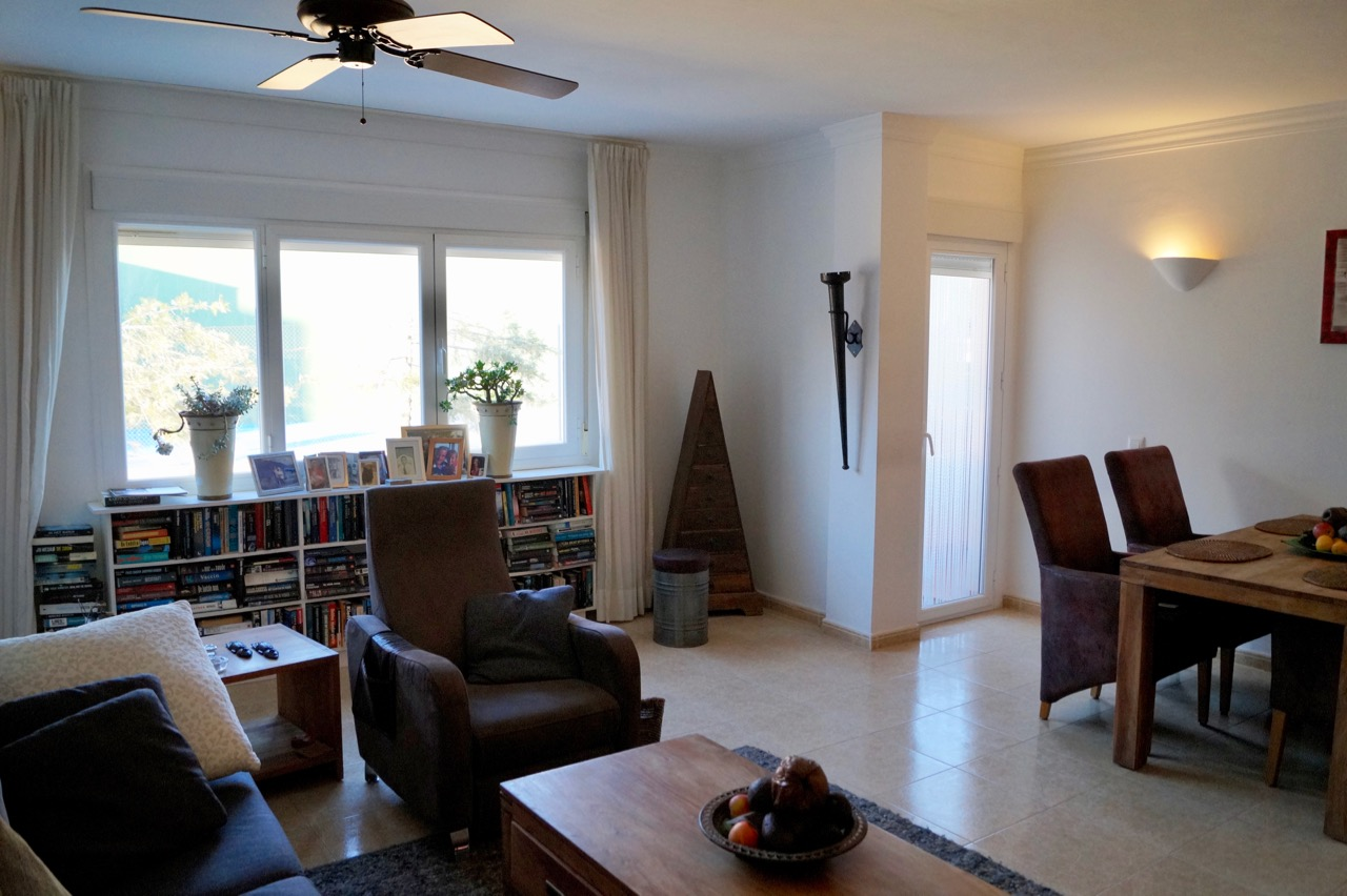 Apartment For Sale in Teulada, Alicante