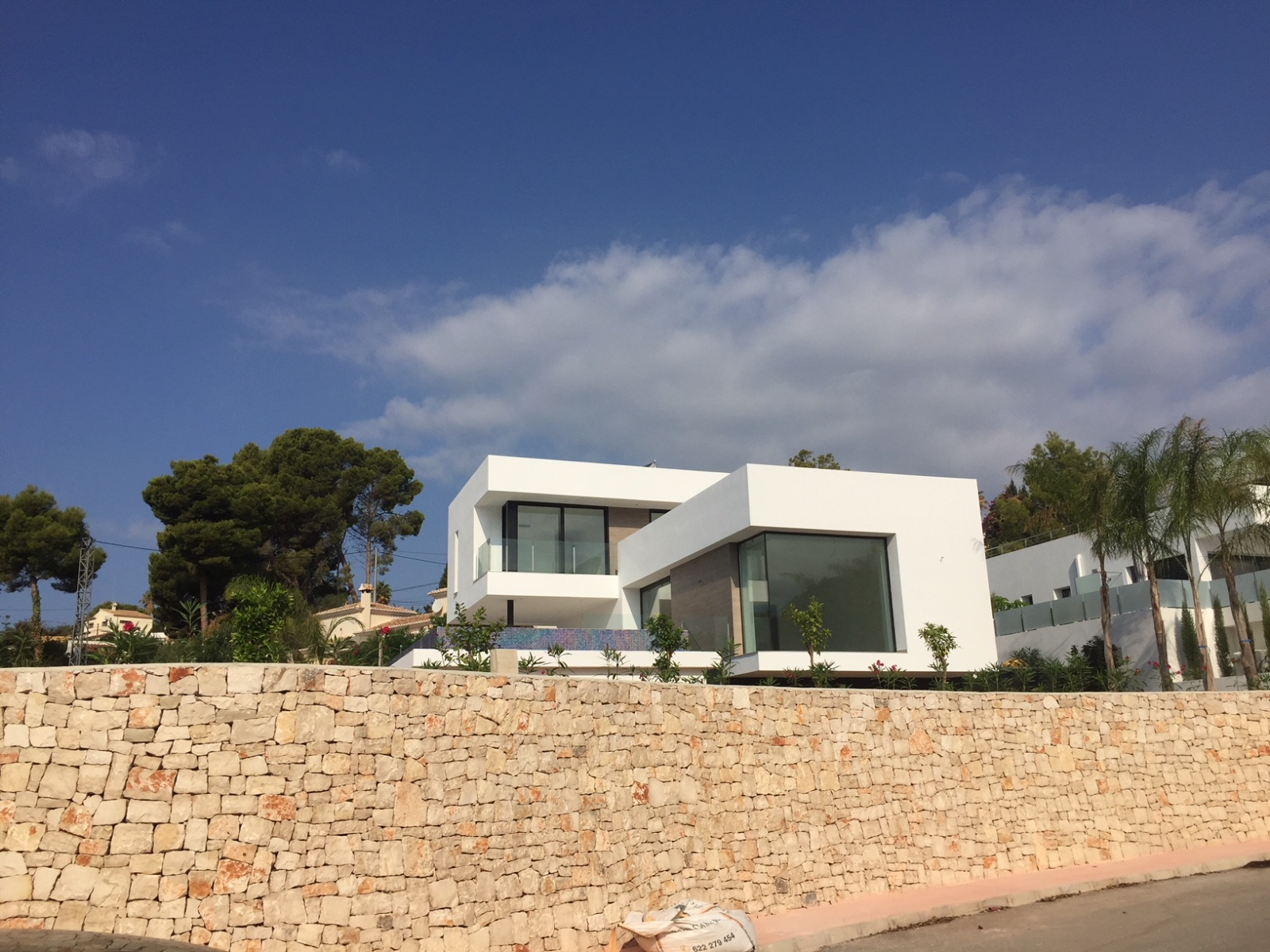 Stunning modern design villa with sea views, located 800 metres from amenities and the beach zone , Spain