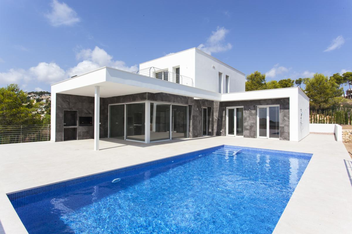 A new build villa with sea viewsto be built in Moraira, la Camarrocha, close to amenitie,Spain