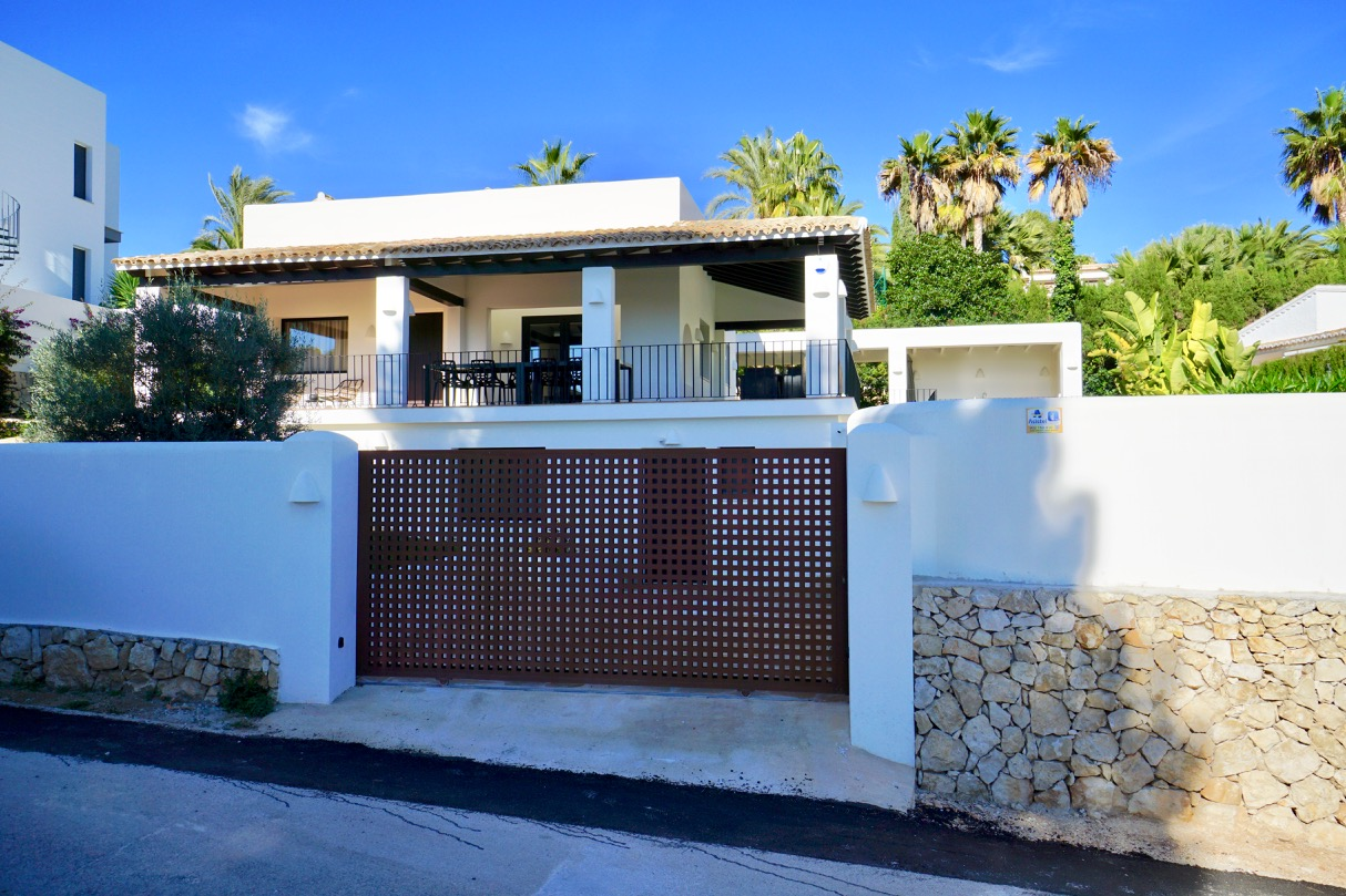 This detached and fully refurbished two storey villa islocated in the exclusive area of ,Spain